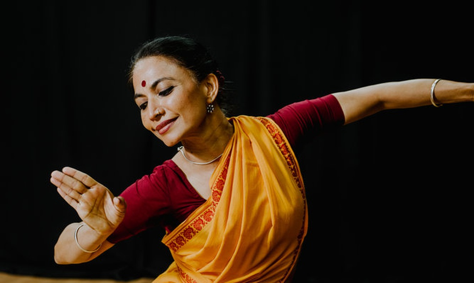 Bijayini Satpathy estudió odissi en una academia de danza local en India, donde era la mejor de su clase. (Heather Sten para The New York Times)