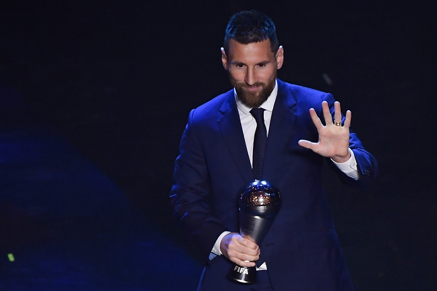Leo Messi al ganar el premio The Best. AFP/END