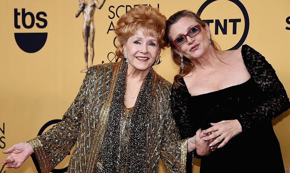 Debbie Reynolds y Carrie Fisher.