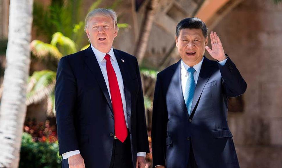 Donald Trump y Xi Jinping durante su encuentro en Mar-a-Lago, West Palm Beach.
