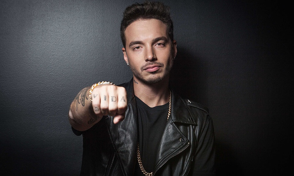 J. Balvin. INTERNET / END