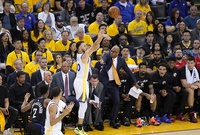 Curry, imparable