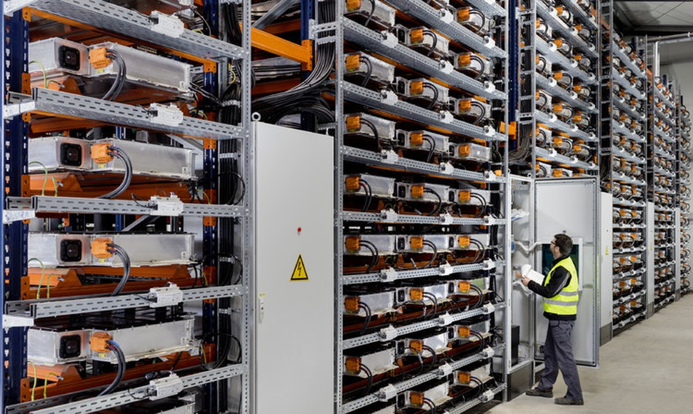 At its factory in Leipzig, Germany, BMW has built a power storage farm using electric vehicle batteries. (BMW)