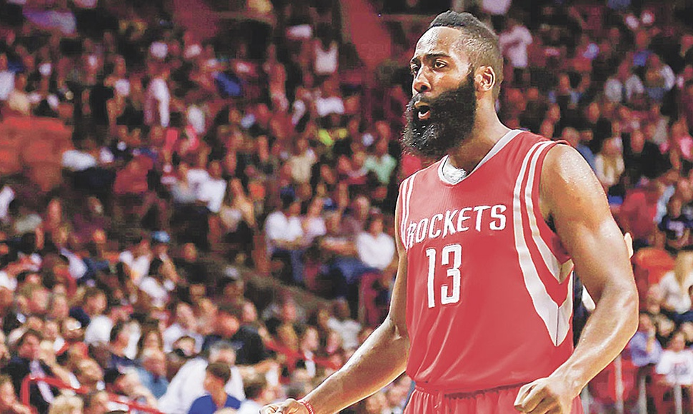 JAMES HARDEN ANOTó 29 PUNTOS.