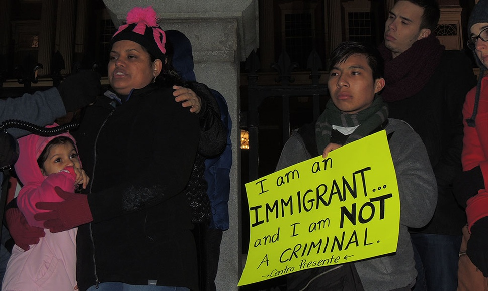 CENTROAMERICANOS PROTESTAN EN BOSTON.