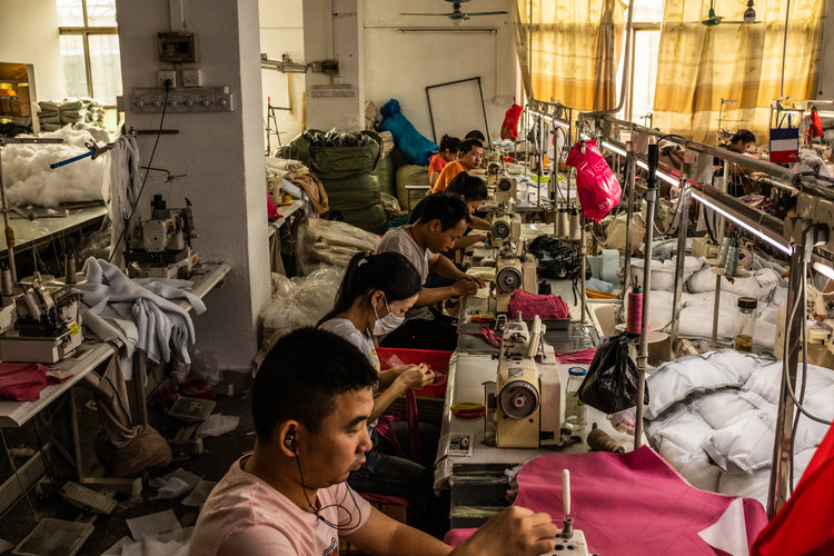 Corre China a vender productos